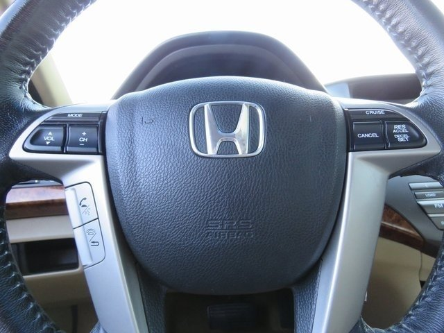 Pre-Owned 2011 Honda Accord Sdn EX-L